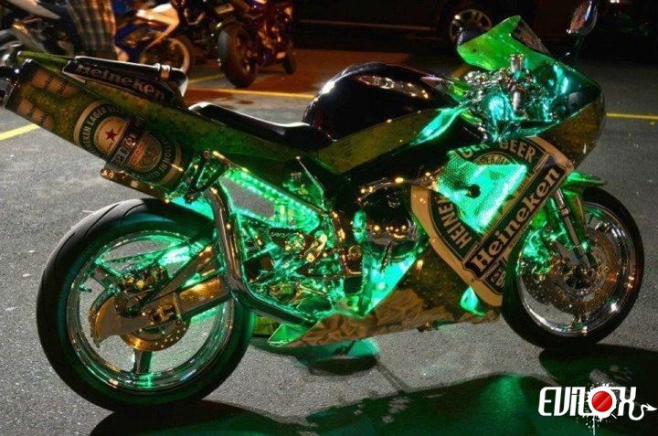 quelle est la meilleur marque de moto pour les motards c 39 est humour chez marith. Black Bedroom Furniture Sets. Home Design Ideas